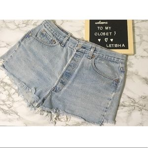 501 Levi's cutoff shorts